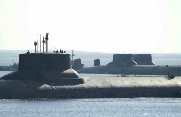 俄携带200枚巡航导弹变身武库舰