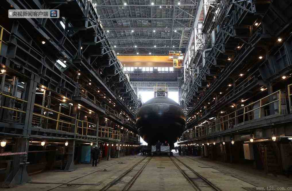 俄太平洋舰队首艘636型潜艇下水