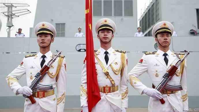 这次青岛历史性海上阅兵