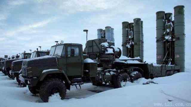 """俄罗斯开启""""别惹我""""模式 S-400防空导弹部署北极意味着什么?"""